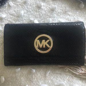 Fulton flap snake embossed wallet
